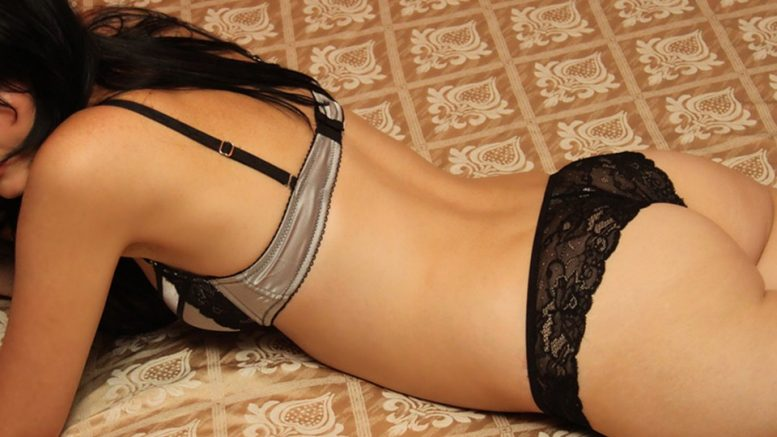 sexy-428843_960_720